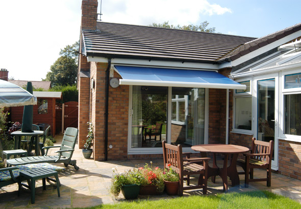 How to install outdoor curtains - Awnings Scunthorpe Patio Awnings Grimsby Scunthorpe Sunblinds A